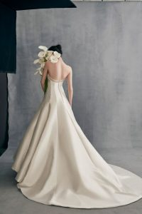 bride-gown-by-Ines_Di_Santo__backless-offwhite