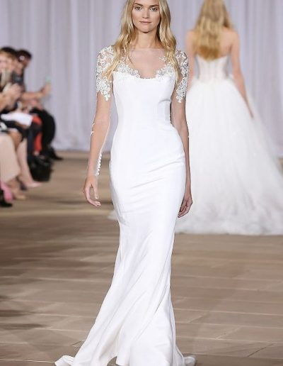ines-di-santo-elegant-fitted-wedding dress