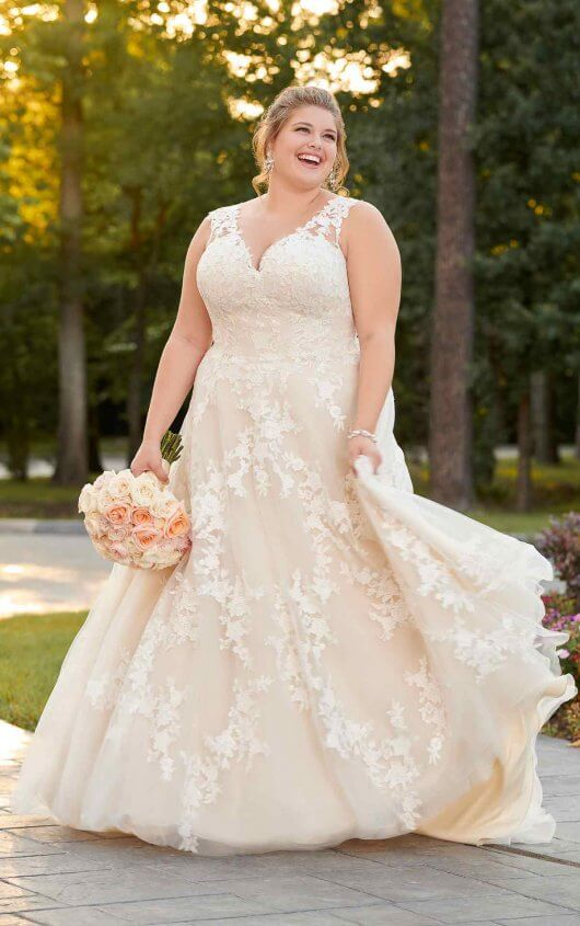 large-size-wedding-dress-off-white