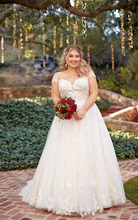 plus-size-wedding-dress-romantic-sleeves-aline-ballgown