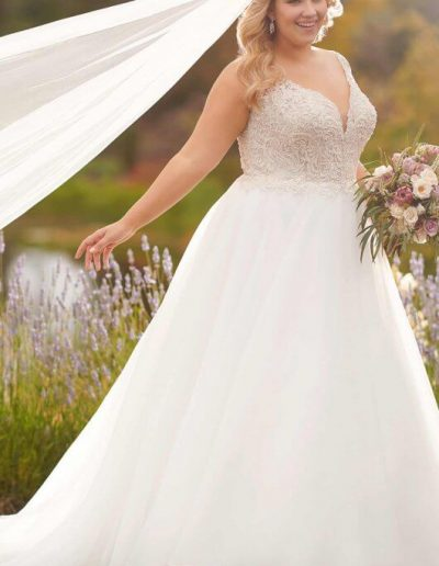 plus-size-wedding-dress-straps-ballgown-backdetail