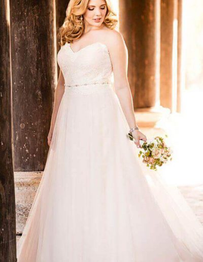 plus-size-wedding-dress-sweetheart-sheath-strapless
