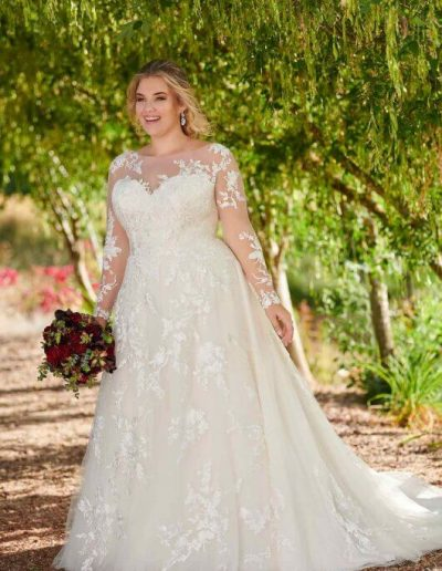 plus-size-designer-wedding-dress