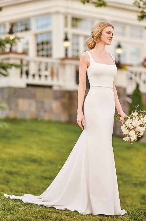 martina-liana-elegant-satin-stripped-wedding-dress