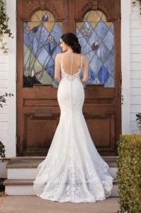 martina-liana-mermaid-lace-open-shoulder-wedding-dress