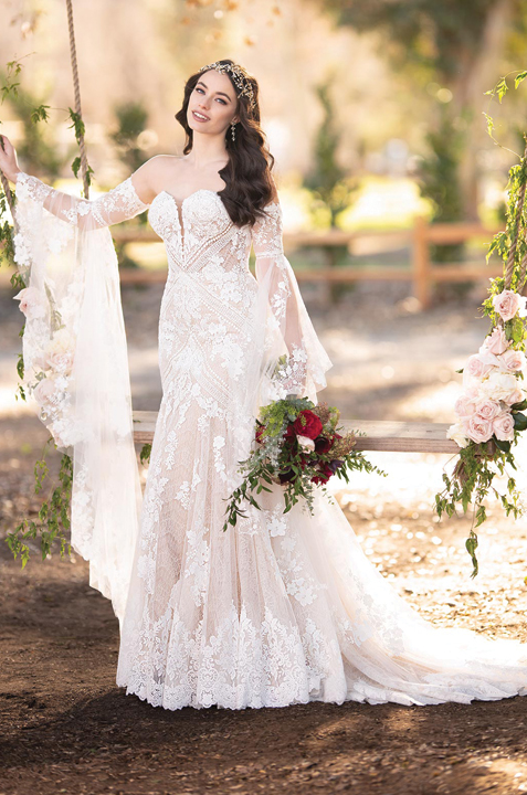 martina-liana-romantic-lace-wedding-dress.jpg