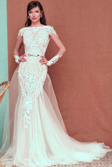BERTA-PRIVEE-elegant-lace-veil-sleeves-wedding-dress
